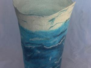 Ocean Waves Vessel
