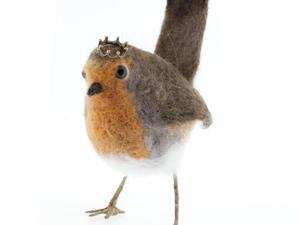 Felted Robin with crown