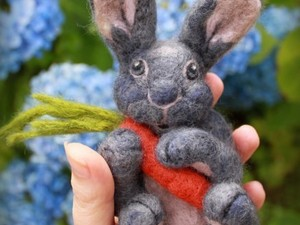 Needle felted rabbit with carrot