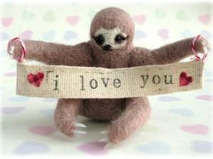 Sloth saying 'I love you'