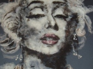 Painting with wool - Marilyn Monroe