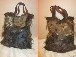 Brown felt tote handbag