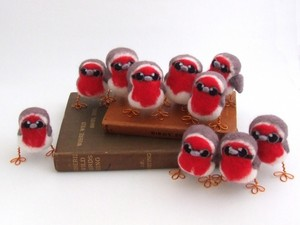 Miniature robins created using fluffy fleece