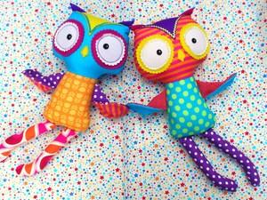 Felted owl dolls
