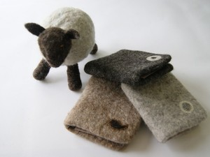 Small lamb with felted notebooks