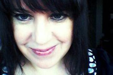 Featured Artist - Caroline Morley