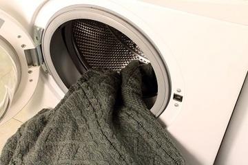 Top Top - Washing Wool